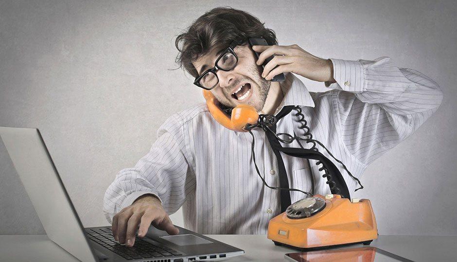 Überforderter Kunde am Telefon